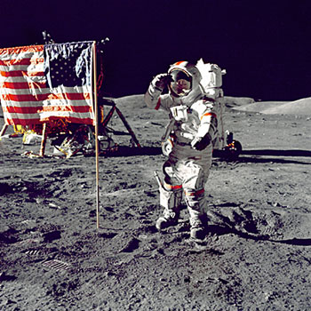 Apollo-11-moon-landing-3