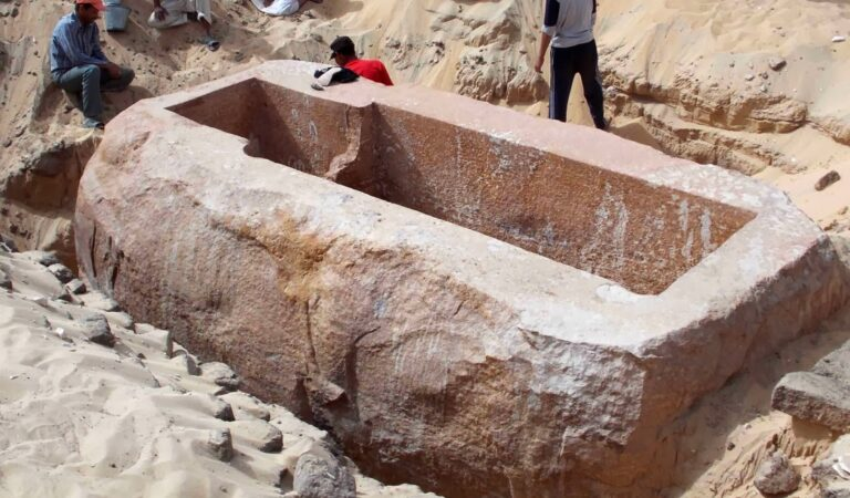 A 60 Ton Sarcophagus Has Been Found at Abydos