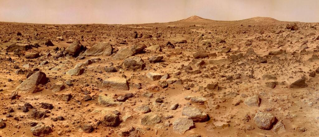 The Twin Peaks of Mars