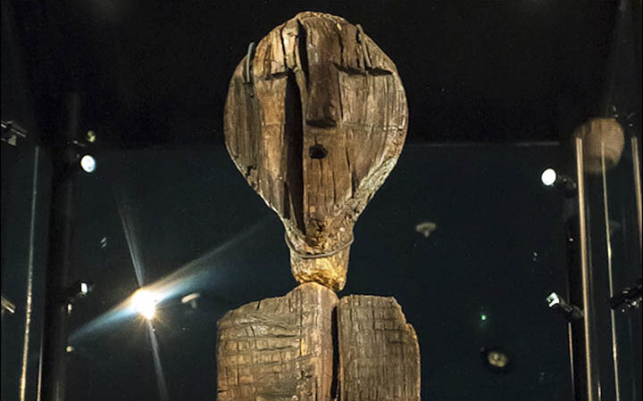 The Shigir Idol, A Wooden Statue Twice As Old As The Pyramids Of Egypt