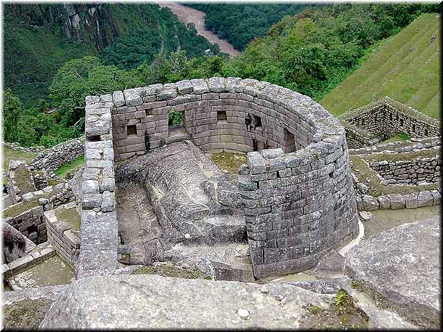 Beautiful combination of architecture and design. The builders of Machu Picchu surely did take in count these two factors while building this incredible site. Image credit: http://www.leadingperutravel.com/