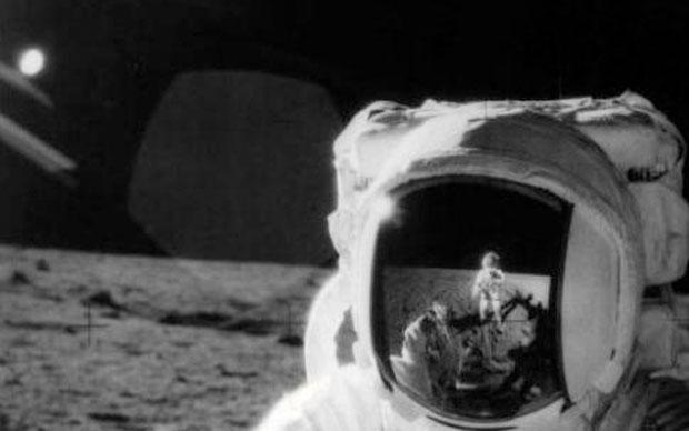 ancient aliens moon landing - photo #15