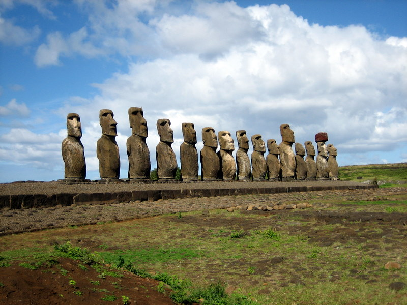 Moai facing inland at Ahu Tongariki, restored by Chilean archaeologist Claudio Cristino in the 1990s. Image credit Wikipedia