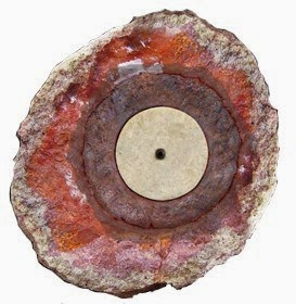 Coso geoda con objeto foto en colores