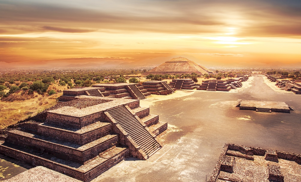 Sunset Teotihuacan 5 sitios antiguos que muchos creen fueron construidos por extraterrestres