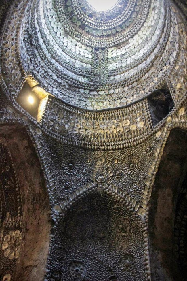 The Shell grotto: Mysteriously Beautiful Desktop-1433533659