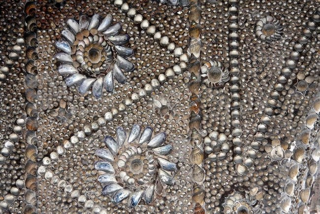 The Shell grotto: Mysteriously Beautiful Desktop-1433533662