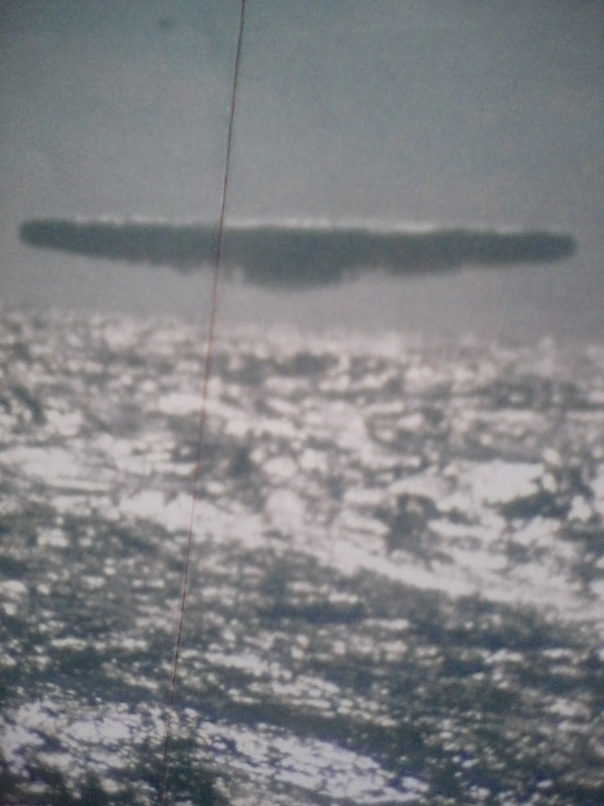 8 Compelling REAL UFO Images photographed from a Navy submarine Image070520151129531