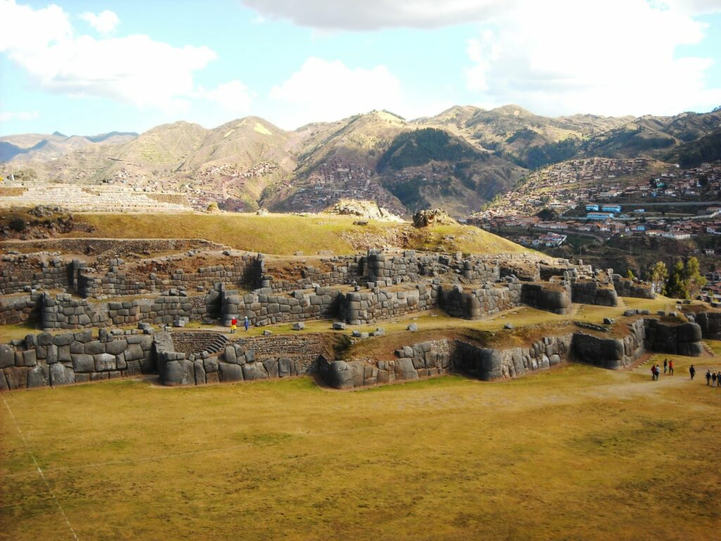 Evidence of Advanced Ancient Technology: Sacsayhuaman DSCN0598-1024x768