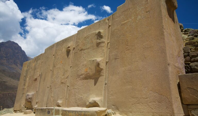 Is There Evidence Of Advanced Ancient Technology At Ollantaytambo?
