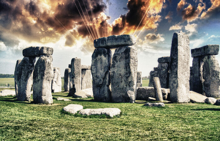 Over one hundred monoliths found three kilometers away from Stonehenge