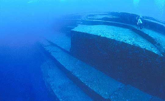 Evidence of Pre-flood civilizations? The underwater complex of Yonaguni