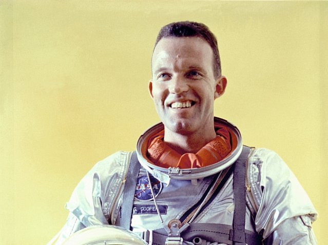Astronaut Gordon Cooper: I Witnessed A UFO Landing In 1957