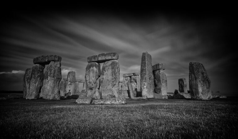 Stonehenge and the obvious question nobody's asking