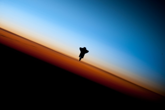 Optimized-Endeavour_STS-130_Earth_Limb
