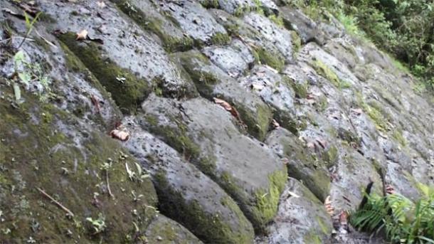 ecuador-pyramid