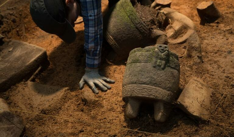 Excavation at lost Honduran city yields hundreds of artifacts belonging to unknown civilization