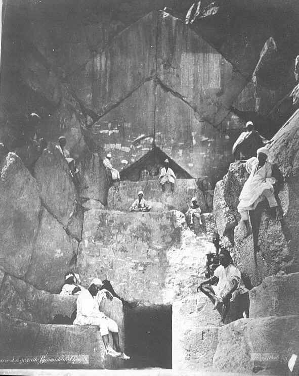 Entrance to the Great Pyramid og Giza image taken 1890s