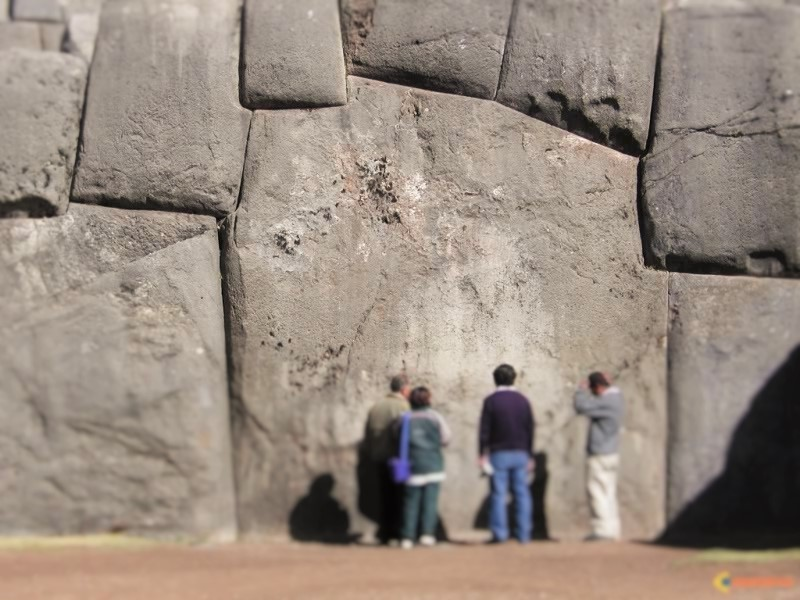 The construction of Sacsayhuamán remains a profound mystery for researchers who have failed to understand how ancient people managed to quarry, transport and place these megalithic stones.