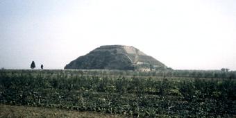 Chinese Pyramids 22