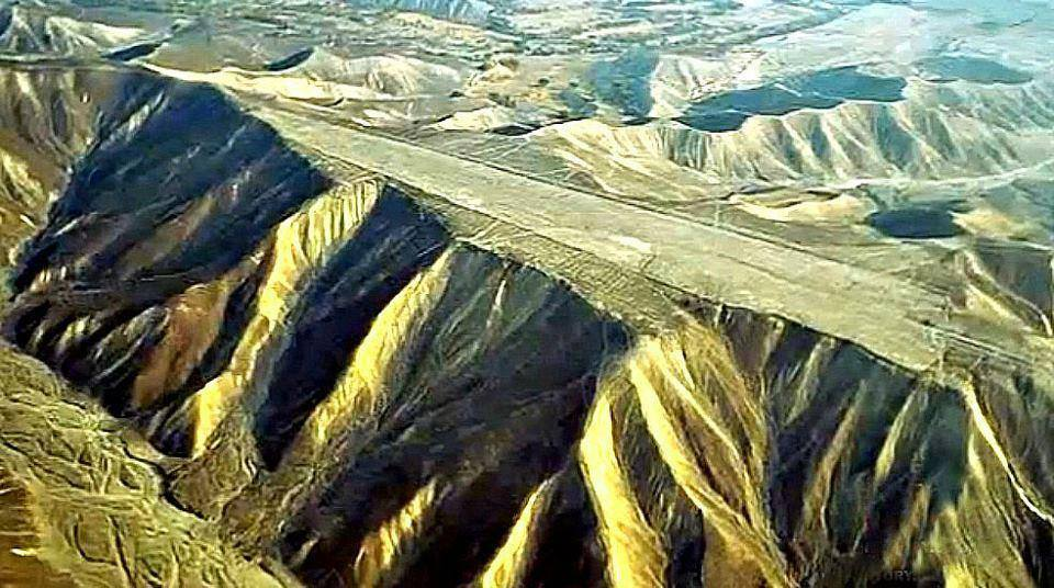 Giant Ancient Alien Runways at Nazca