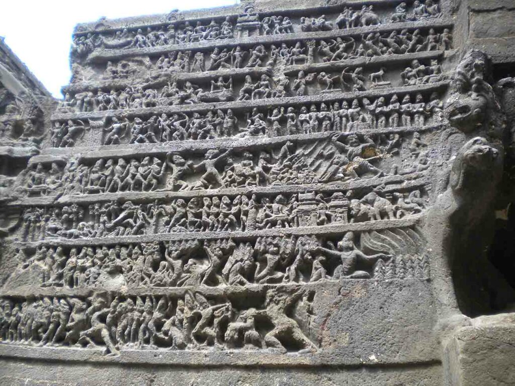 10 mind-boggling images of the Kailasa Temple that prove ancient man had advanced technology Kailash-temple-ellora-16-1024x768