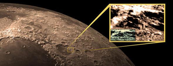 Hoax-Moon2-593784