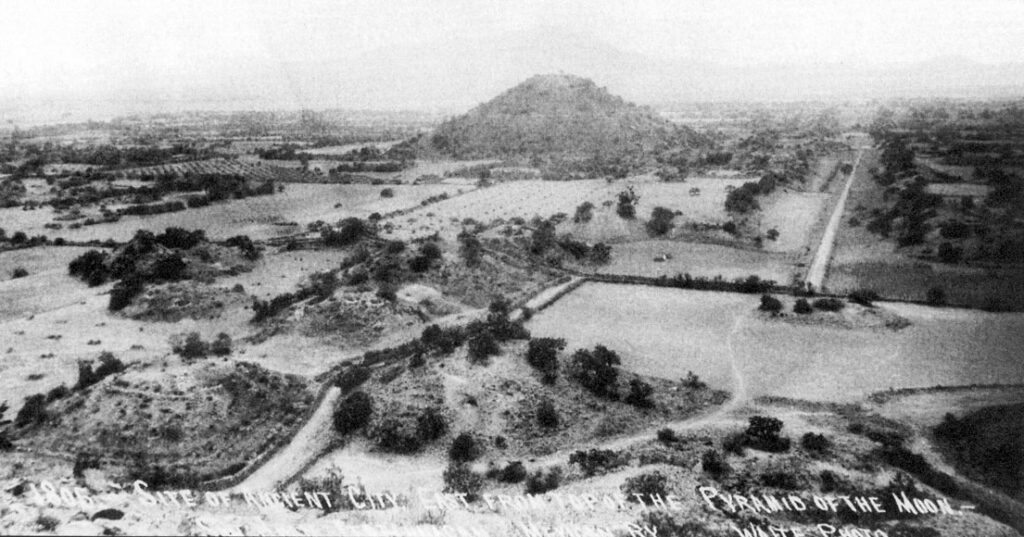 An image of Teotihuacan taken in 1905