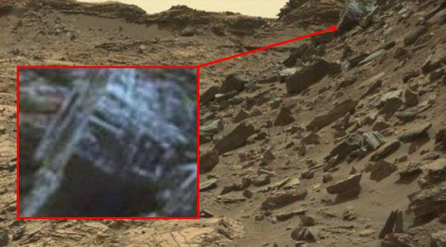 Ruins on Mars? NASA photographs mystery object on Mars ...