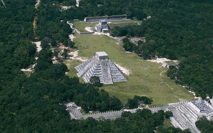 pyramid-chichen-itza