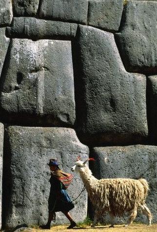 Sacsayhuaman 3 5 sitios antiguos que muchos creen fueron construidos por extraterrestres