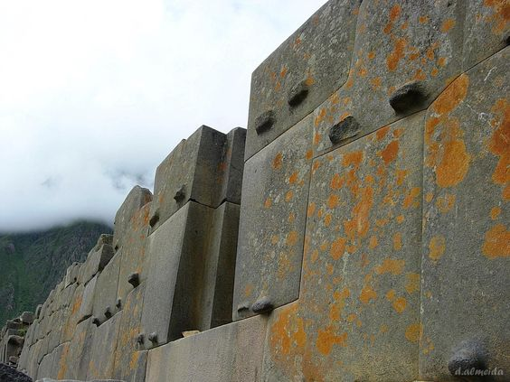 20 Jaw-dropping images of the megalithic ruins of ...Inca Buildings And Structures