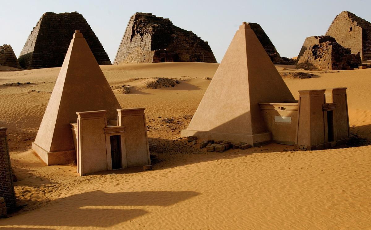 Sudan-Pyramids.jpg