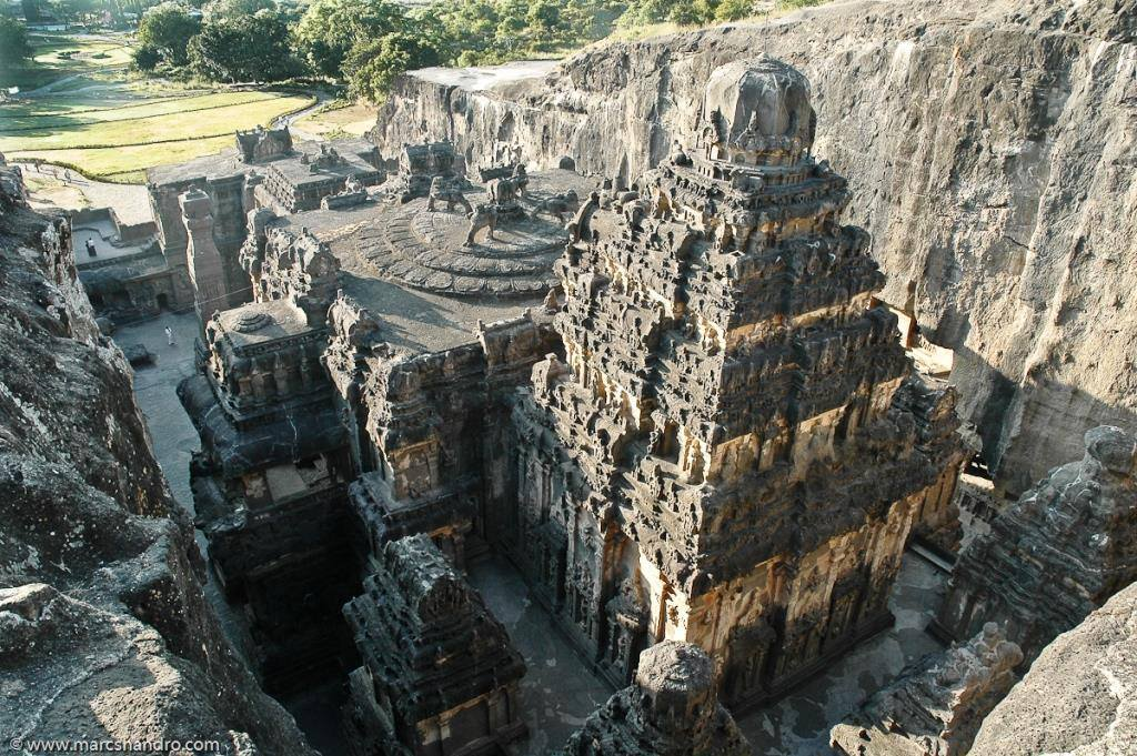 This Ancient Hindu Temple Was Carved Out Of A Single Rock, And No One Knows How