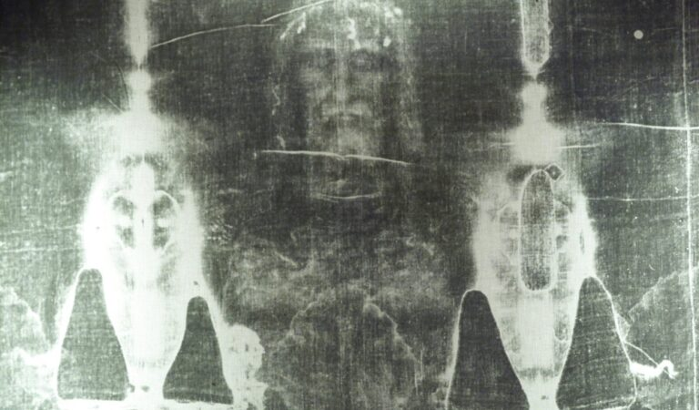 New 'conclusive evidence' shows that Turin Shroud does show the face of Jesus