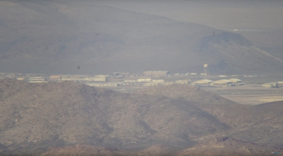 UFO hunters take the BEST and CLOSEST ever images of Area 51