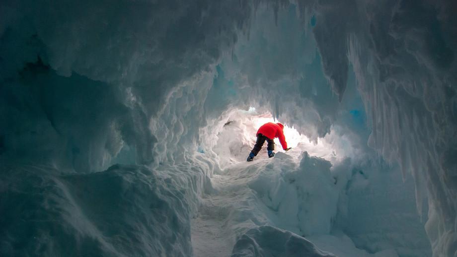 antarcitca-ice-cave-2.jpg