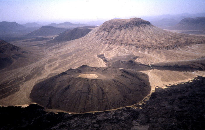 A message to the gods? Massive Geoglyphs around the world Lava-Dome-and-Gates