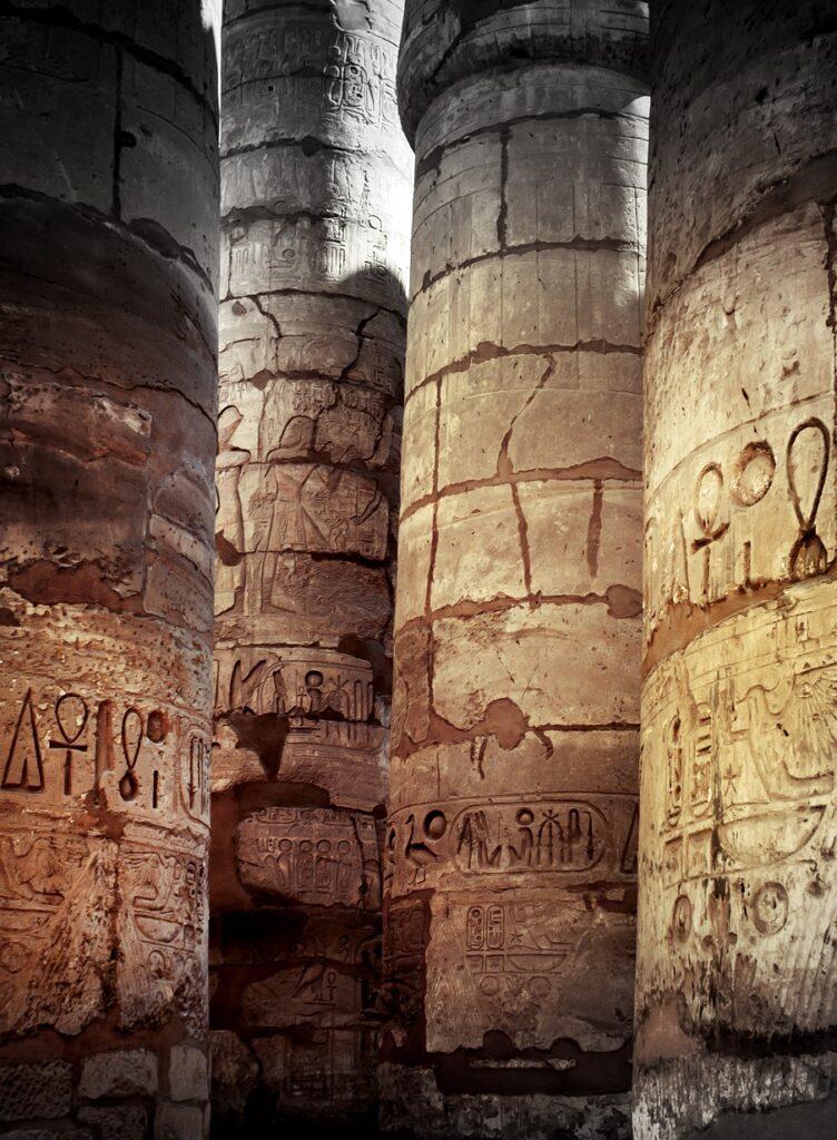 El complejo del templo de Karnak, uno de los edificios religiosos más grandes jamás construido