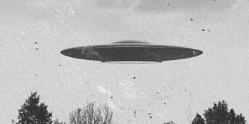 An image of a flying saucer