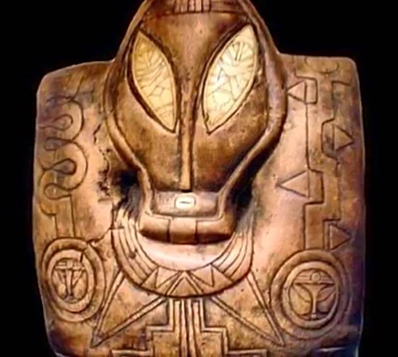 Are These Mysterious Ancient Maya Artifacts Evidence Of Ancient Alien Contact?