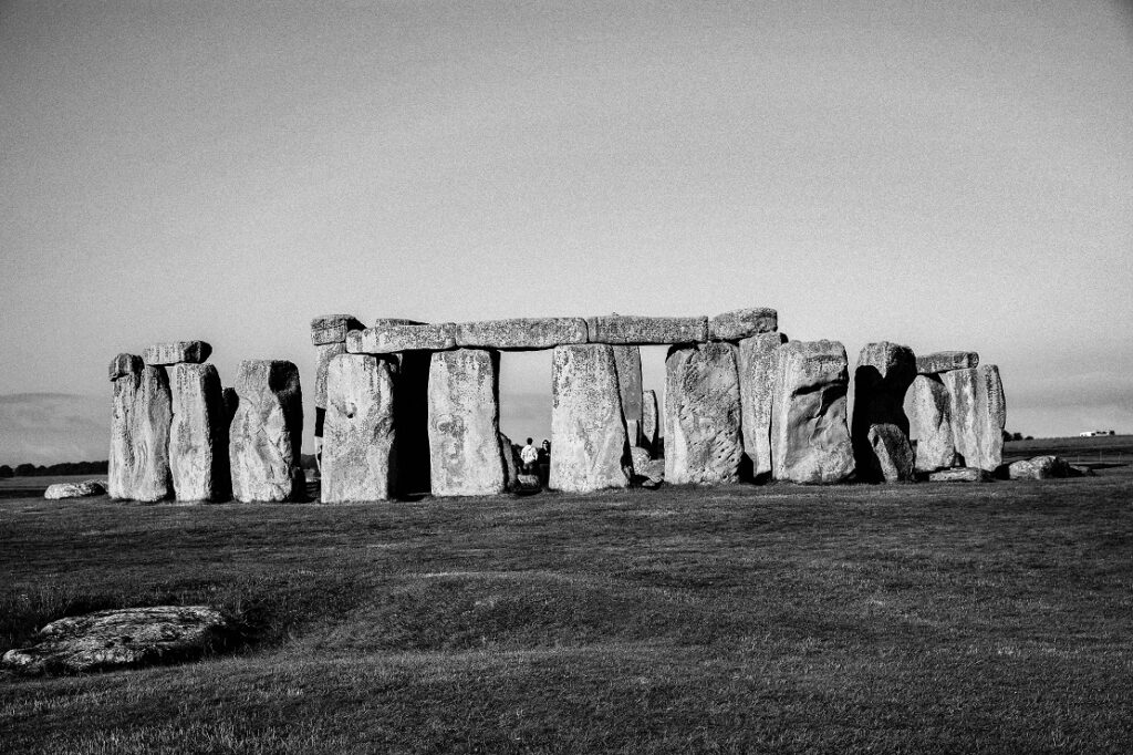 A black and white image of Stonehenge
