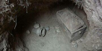 Minoan Tomb